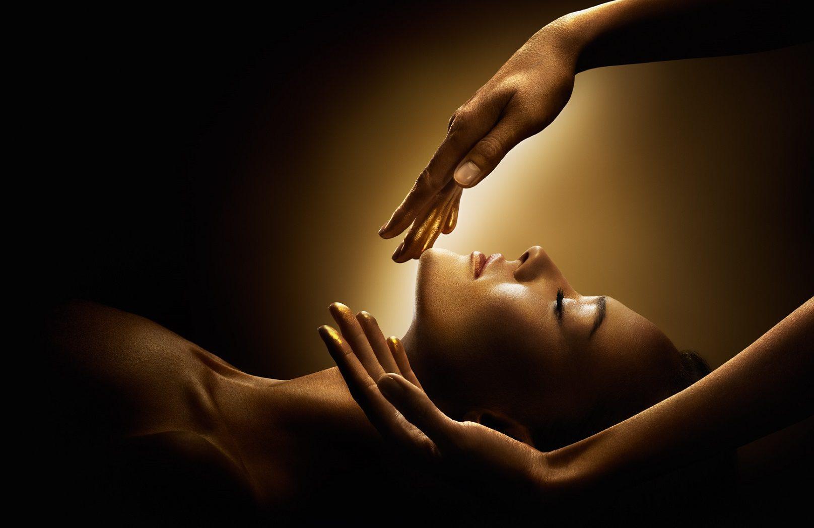Decleor Face Massage at Peake Spa