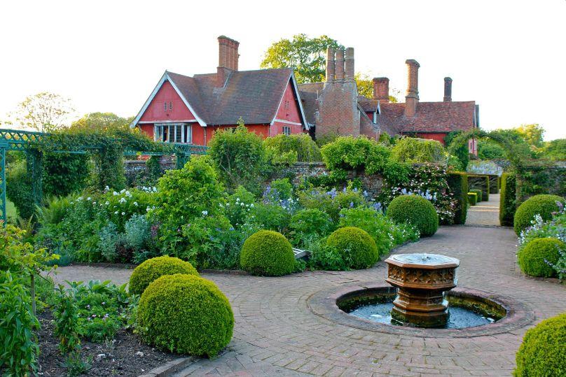 Wyken Hall Gardens - Suffolk