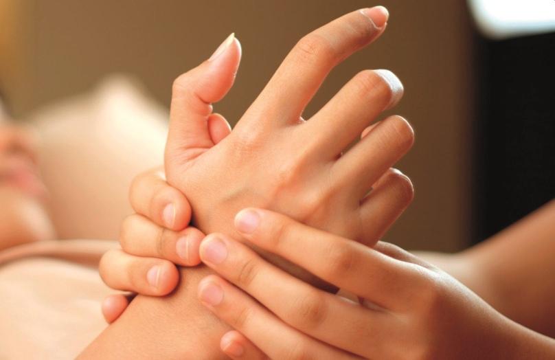 Hand massage - Peake Spa
