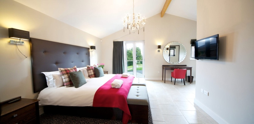 Luxury lodge bedrooms at Stoke by Nayland