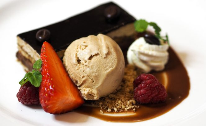Mouth-watering desserts at SbN