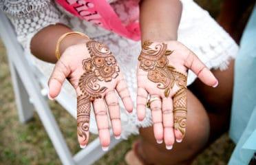Hen party henna tattoos