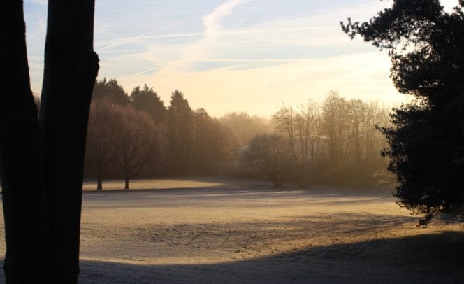 Winter golf Stoke by Nayland